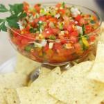 Salsa aus geschnittenem Gemüse